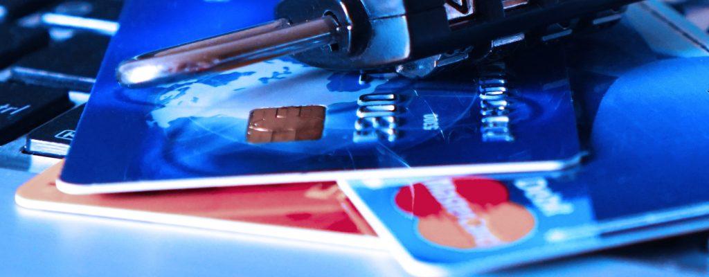 Pago con tarjeta (II). Acquiring, Red de Tarjetas y Banco Emisor