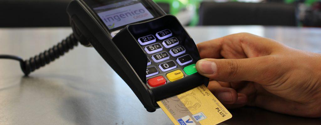Pago con tarjeta (I). Merchant y Pasarela de Pago